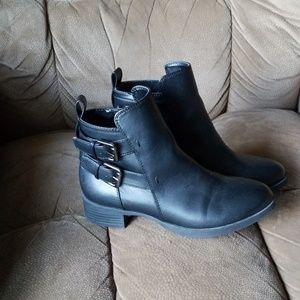 Old Navy sz6 black moto boots